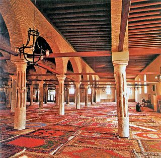 Konya'da Alâeddin Camii'nin içinden bir görünüş